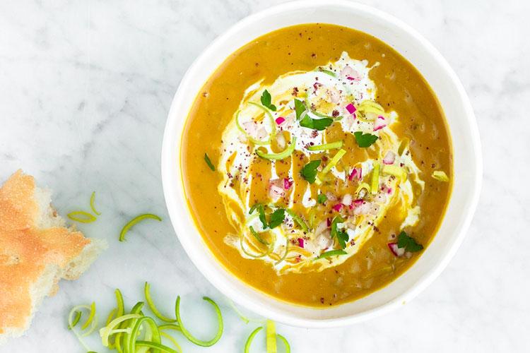 zoete-aardappel-prei-soep