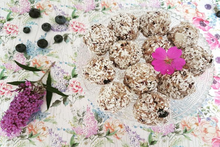 blueberry snack balletjes