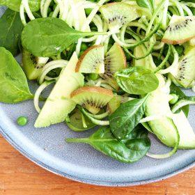 Green-Salad_kiwi