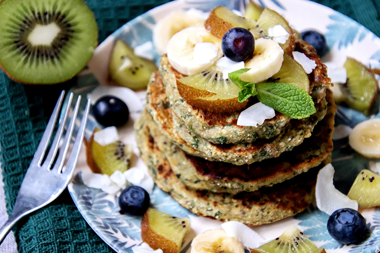 kiwi-green-pancakes