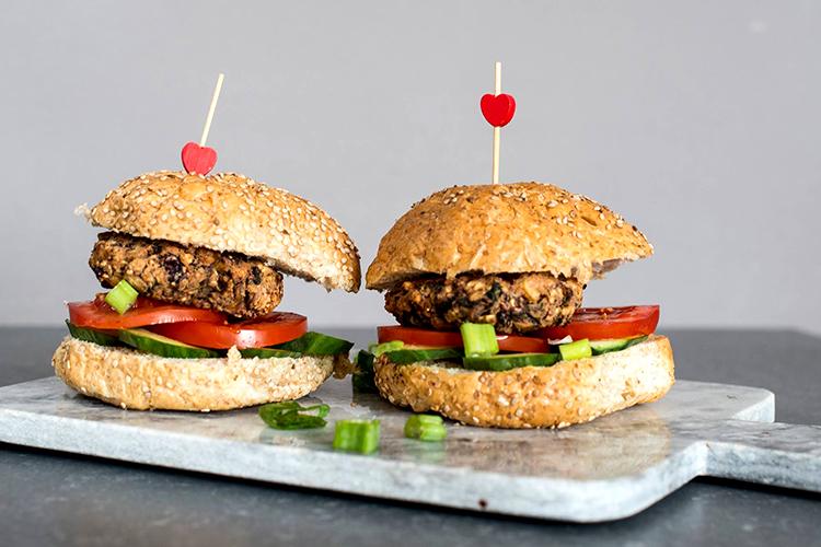 champignon-zwarte-bonen-burger